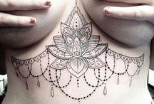 Boobie henna