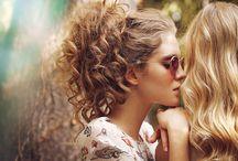 Χτενίσματα για σγουρά μαλλιά