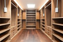 WALK IN CLOSET / Walk in closet ideas for the new house.