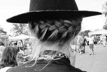 Strands / Hair everywhere!