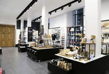 British Museum,  The Sainsbury Exhibitions Gallery Shop - Retail Design by Lumsden
