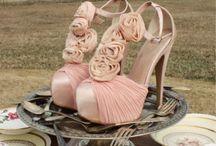 pretty footwear_-_/