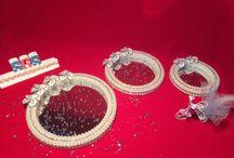 MELEK NİNE Organizasyon / Düğün,kına,ve doğum günü için hediyelikler... Nişan tepsisi, damat fincanı, ev dekorasyon ürünleri, kokulu taş ve kokulu sabun ürünleri... İrtibat için 0536 418 87 97