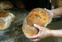 C.R.I.G.P. Pan de Cea / La obtención del Pan de Cea es el resultado de un proceso artesanal, transmitido de generación en generación, que se adapta la la legislación actual sin perder su identidad propia.