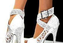 High Heels / Stiletto White / www.laurenz-art.com #highheels #shoes #laurenzart  #female #fashion #shoes #living #love #happy #shoelove #design #designers #brand #lifestyle #luxury #white #awesome #stiletto