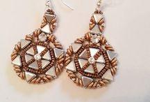 kétlyukú gyöngyök - two hole beads