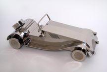 Esculturas de acero inoxidable. Stainless steel sculptures / Esculturas de acero inoxidable.stainless steel sculptures