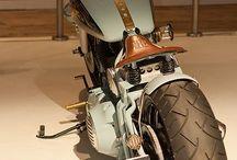 Un giorno, io, tu ed il vento...One day you, me and the wind! / Motorbike, woman bikers