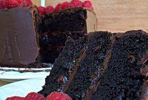 Sütis / kekszek, torták, édességek