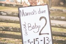 PREGNANCY ANNOUNCEMENTS / Let your loved ones know you are expecting with style, humor, and wit!