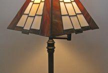 Tiffany lamppuja