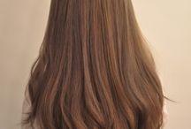 Καστανά μαλλιά με ανταύγειες