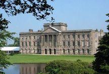 Lynton Hall / La résidence de Lord Julian Ashcroft dans le Devonshire n'existe pas, mais elle est inspirée du château de Lyme Park en Angleterre, qui a notamment servi de décor à Pemberley dans l'adaptation BBC du roman de Jane Austen, Orgueil et Préjugés.