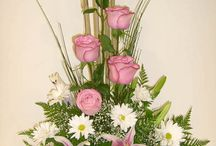 formal floral arrangements