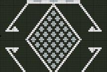 black & white mochila graph