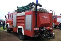 Pojazdy Pożarnicze i Wojskowe / zdjęcia autorskie samochodów pożarniczych i wojskowych w tym zabytkowych.
