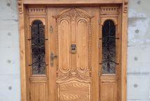 Drzwi drewniane / Realizacja drzwi zewnętrznych