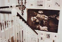 Wanddekoration / Verleihen Sie Ihren vier Wänden mit den eleganten und hochwertigen Wanddekorationen von ifolor eine ganz besondere Note. Dazu stehen Ihnen vielfältige Formate und Materialien zur Auswahl.     Einfach online oder per App zu gestalten: Wählen Sie zwischen einer klassischen Fotoleinwand, einem eleganten Gallery Print oder, ganz neu, einem hochauflösenden HD Metal Print aus und halten Sie Ihre schönsten Momente für immer fest.