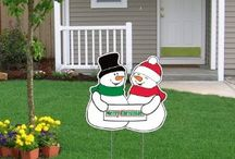 Holiday Lawn Decorations! / Beautiful lawns decorated for the holidays!