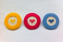Embroidery brooches by Glück!