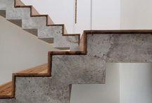 Wnętrze domu / beton drewno