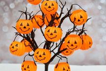 The Best Halloween Party! / Halloween Party Ideas: food, decorations, books on how to do everything, music and sounds. Every last detail!