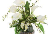 Floral Arrangements / by Tina Bellew