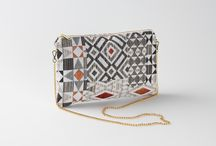 Folding bag, golden chain handle / Beautiful folding boho chic bag. It´s pattern has different colors as gray, black, white, orange and red with a golden chain handle. It´s very light and durable.