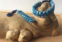 Para cord survival bracelet and zipperpull