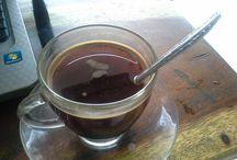 kopi / KEDIRI, KOMPAS.com- Meski keberadaan kopi lanang tak seterkenal kopi luwak, namun ternyata harganya bersaing dengan harga kopi luwak. Bahkan, pada jenis kopi l