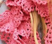 cowl #crochet / by Carolina Lin Arauco
