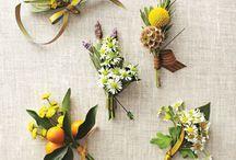 Бутоньерки и украшения из цветов