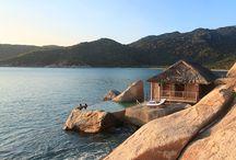 Khu Nghỉ Trong Hệ Thống / Ninh Van Bay Holiday Club hiện tại đang có 3 khu nghỉ trong hệ thống: ➢ Six Senses Ninh Van Bay ➢ Ana Mandara Villas Dalat Resort & Spa ➢ Emeralda Resort Ninh Binh