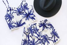 Fashion inspiration / Blue palms