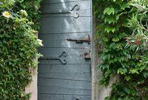 deuren...binnendeuren,, buitendeuren,,,tuindeuren,,oude en nieuwe deuren