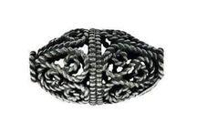 Sølv og bronze vikinge perler og Hår/Skægperler i sølv og bronze. / Flere af disse sølvperler kan også anvendes som perler til udsmykning af hår og skæg.