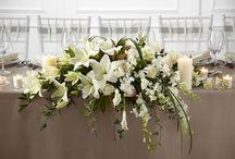Ann reception table arrangement