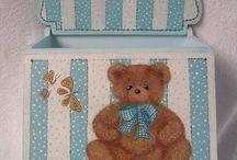 Cajas pintadas para bebé