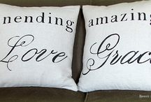 pillows to copy! / i could make that, i think... / by M L   S