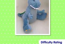 Toy sewing patterns Free Teddy Bear Pattern / A fantastic collection of stuffed animal sewing patterns.