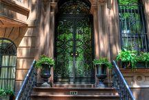 Doors and doorways / by Theresa Carroll