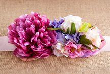 Cinturones de flores / Cinturones de flores hechos a mano ideales para combinarlos con faldas, monos o vestidos y dar un toque elegante a tu look.