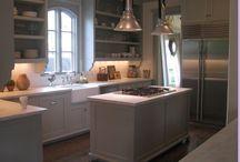 Kitchens / by Cindy Garrett