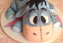 Disney Amazing Cakes / by Brenda Newhouse Preston
