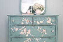 Dressers / Drawers