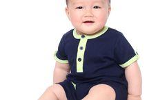 Moda Baby Boy / Para os meninos de 0 a 2 anos, Baby Pima criou uma coleção moderna e elegante com modelos práticos e confortáveis, todos em 100% algodão Pima peruano.