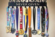 SportHooks / Unique, High Quality Metal Medal Displays