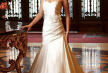 Engagement/Wedding/Marriage / by Rachel Bradley