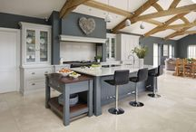 Luxury Kitchens - Tom Howley Spacious