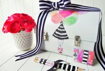 DIY Greeting Card Organizer / Use this lunch box to organize your greeting cards